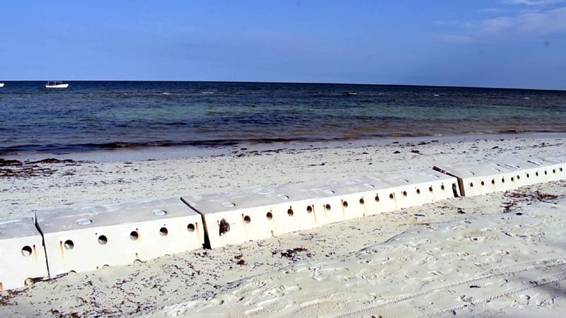 Sandsaver rebuilding Indian Ocean Beach